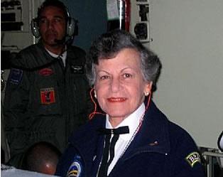 Foto retirada da homenagem que o site da Associação de Mecânicos de Voo da Varig fez à dona Alice Editha Klausz.