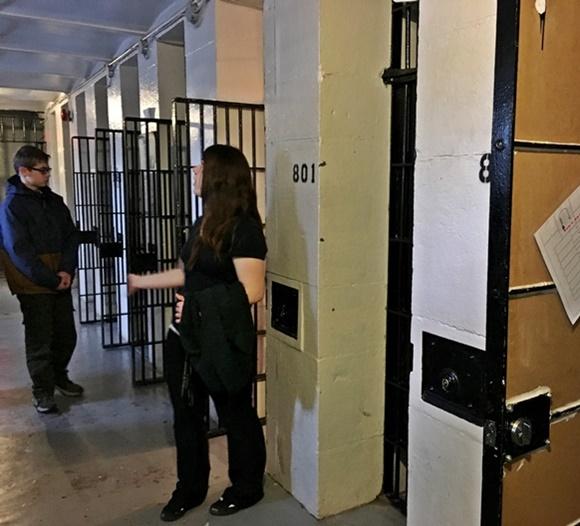 Jail Hostel em Ottawa Blog Vem Por Aqui
