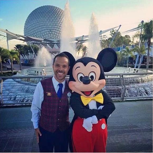 Fred com o Mickey Blog Vem Por Aqui