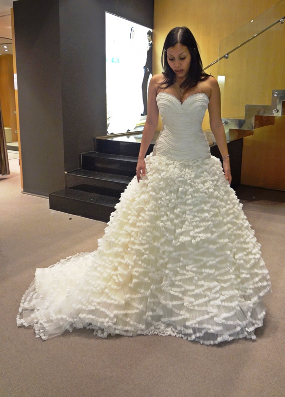 Nath com o vestido que escolheu Blog Vem Por Aqui