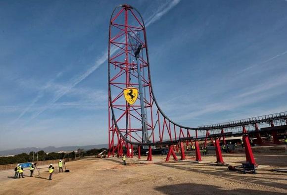 Ferrari Land ainda em fase de montagem Blog Vem Por Aqui