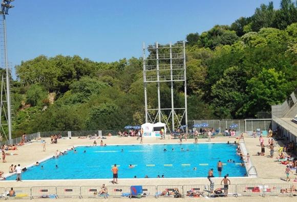 A piscina p blica de montjuic vem por aqui for Piscina publica barcelona