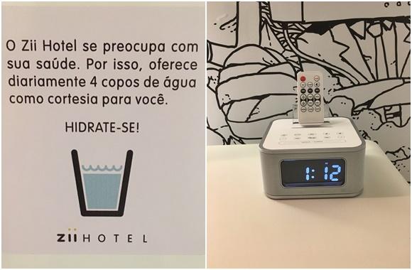 Mosaico com duas fotos, na primeira, aviso colado na porta do frigobar dizendo que o hotel oferece quatro copos de água diariamente e, na segunda, o rádio relógio com o controle remoto em cima Blog Vem Por Aqui