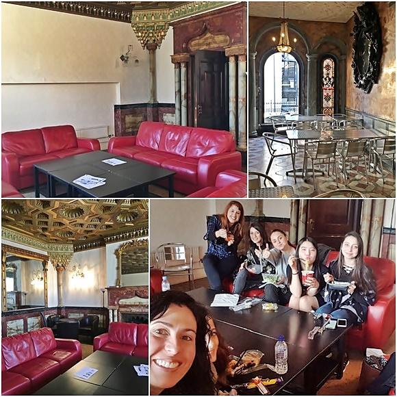 Mosaico com fotos da sala com sofás vermelhos e mesa de madeira escura no meio, copa com mesas de alumínio, piso em mármore e vitrais, sala com teto trabalhado e espelhos, Érika e amigas comendo na sala Blog Vem Por Aqui